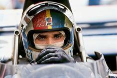 6 octobre 1973, un pilote de Formule 1 français promis aux plus beaux titres perd la vie dans une courbe du circuit de Watkins Glen…