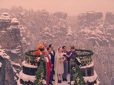 karatekiss: The Grand Budapest Hotel dir. by Wes Anderson Wes Anderson Style, Wes Anderson Movies, Beau Film, Grand Budapest Hotel, Wedding Film, Hotel Wedding, Film Aesthetic, Film Inspiration, Costume