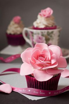 true love ribbon and romantic rose cupcakes