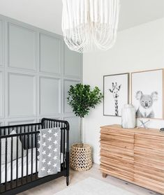 Bohemian Nursery Decor: 10 Gorgeous Rooms With Shoppable Links /// By Design Fixation Bohemian Nursery Decor: 10 prachtige kamers met shoppable links /// By Design Fixation Kids Bedroom, Bedroom Decor, Bedroom Lighting, Bedroom Lamps, Duck Egg Bedroom, Target Bedroom, Baby Bedroom Furniture, Master Bedroom, Light Bedroom