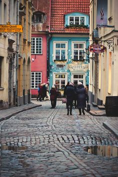 The colorful streets of Riga.