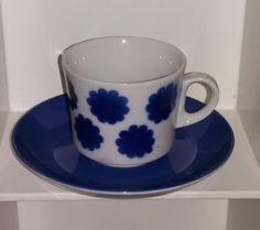 Arabian puhallukor. kuppi BR-malli Pipari sin Bone China, Finland, Tea Cups, Shabby Chic, Memories, Tableware, Design, Eggs, Memoirs