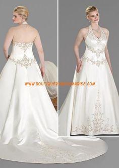Robe de mariée grande taille bretelle au cou dos nu