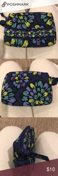 Vera Bradley pouch Used but washable Vera Bradley Bags Mini Bags