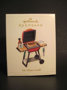 2006 Hallmark Keepsake Ornament Oh What a Grill BBQ Grilling Seasoned Greetings