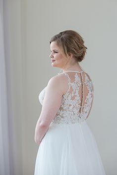 e3316ba3cade6 78 Best Plus Size Wedding Gowns images in 2019