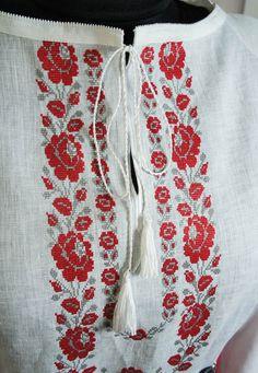Квітка троянда - фрагмент-18 - Одяг - Український Сувенір