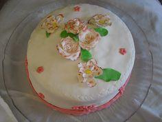 bolo para uma sra da familia