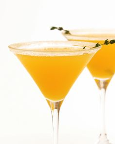 Our orangecello and honey martini will bring back memories of warm summer days spent savoring a creamy orange popsicle. It tastes like a grown-up version of your favorite summer iced confection, served up in a pretty glass. Champagne Cocktail, Cocktail Glass, Cocktail Drinks, Whiskey Drinks, Martini Recipes, Sangria Recipes, Cocktail Recipes, Summer Drink Recipes, Summer Drinks