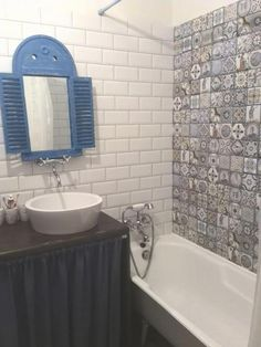 Ванная комната фото, необычное зеркало, керамическая плитка пэчворк