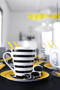 Yellow & black party theme...love the colors. Party on!