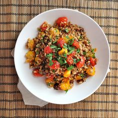 BREANNA'S RECIPE BOX: Roasted Tomato and Caramelized Onion Farro Salad with Brown Butter