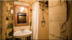 fürdőszoba, mediterrán, rusztikus (Luxuslakások, házak 6) Sweet Home, Bathroom, Mirror, Frame, Furniture, Home Decor, Washroom, Picture Frame, Decoration Home