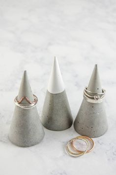 Make concrete DIY ring cones
