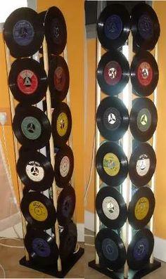 lámpara de pié con discos de vinilo (logos, fotos, imágenes)