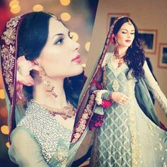 Wedding dress grey/blue and purple - model Aisha Linnea Akhtar