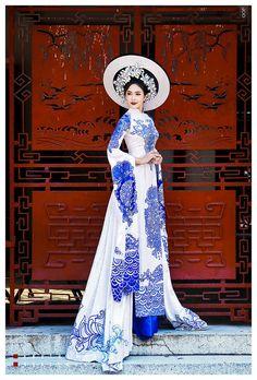 Ethnic Fashion, Asian Fashion, Vietnam Costume, The Empress Of China, Vietnamese Clothing, Ethnic Dress, Teen Fashion Outfits, Ao Dai, Historical Clothing