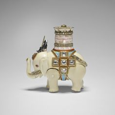 Peter Carl Fabergé, the elephant automaton from the Diamond Trellis egg (1892). Photo: Royal Collection Trust/© Her Majesty Queen Elizabeth II 2015.