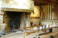 Dans la ferme.Fondation Musée Schlumberger. Château de Crèvecoeur, Crèvecœur-en-Auge . Normandie