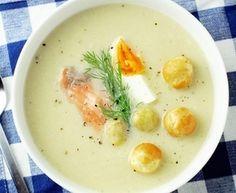 Zupa krem z białych szparagów z łososiem