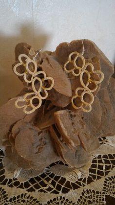 Chiacchierino- orecchini color sabbia
