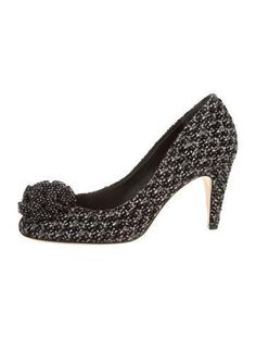 Chanel Pumps - Brought to you by Avarsha.com