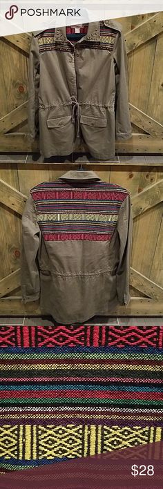 """NEW """"F21"""" AZTEC UTILITY JACKET Super cool army green utility jacket with drawstring at waist, two snap pockets in front, studded around the collar, Fantastic look!!! has aztec zarape like material on top front and back, new with tag, excellent condition no rips no stains size small *** Forever 21 Jackets & Coats Utility Jackets"""