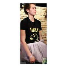 Luke Hemmings ❤ liked on Polyvore featuring 5sos, luke hemmings, people, 5 seconds of summer and pictures