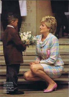 Diana ~ Princess of Wales, Queen of Hearts Princess Diana Photos, Princess Diana Fashion, Princess Diana Family, Royal Princess, Princess Of Wales, Lady Diana Spencer, Royal Fashion, Fashion Looks, Queen Of Hearts