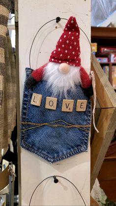 Christmas Ornament Crafts, Valentine Crafts, Christmas Projects, Easter Crafts, Holiday Crafts, Christmas Diy, Vintage Christmas Crafts, Diy Arts And Crafts, Fun Crafts
