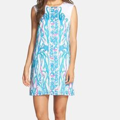 Iona Sleeveless Shift Dress, Lilly Pulitzer Gorgeous Lilly Pulitzer dress, hidden zipper in back. Flowy and beautiful fit. Bundles available!! Lilly Pulitzer Dresses