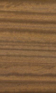Houtsoort Iroko | Toepassing: ramen en kozijnen, parket, meubels, trappen, binnen -en buitendeuren, binnenbetimmeringen. #hout #iroko