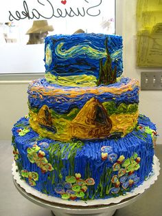"Because of the amazing top tier of the cake, this work of art is known as the ""Starry Night Cake"" (inspired by the Vincent Van Gogh painting), but the bottom 2 tiers are actually two different Claude Monet paintings."