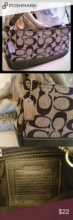COACH pouchette convertible shoulder wristlet bag Signature logo fabric. Leather trim.  Excellent condition. COACH Bags