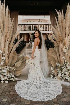 Wedding Pictures, Wedding Ideas, Cabo San Lucas Mexico, Drunk In Love, Wedding Jacket, Big Day, Ideas Para, Boho Chic, Groom