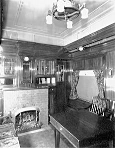 1000 Images About Vintage Train Car Interiors On