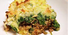 aardappelschotel met spinazie en gehakt. Stamp ze tot een puree samen met de boter en de melk. Kook de aardappels in ruim water met wat zout gaar