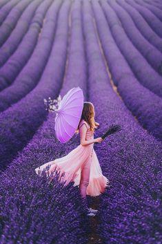 Lavanda photo by Kristina Makeeva Lavender Blue, Lavender Fields, Lavender Flowers, Purple Love, All Things Purple, Beautiful Flowers, Beautiful Pictures, Back Photos, Shooting Photo