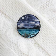 Вышивка пейзажа. Вышитая брошь. Мини вышивка море и горы. Brooch sea and mountains. Embroidery landscape.