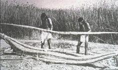 making tule reed canoe