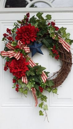Fourth Of July Decor, 4th Of July Decorations, 4th Of July Wreath, July 4th, Wreath Crafts, Diy Wreath, Tulle Wreath, Wreath Making, Wreath Ideas
