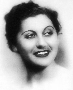 """Sofia Vembo (Greek: Σοφία Βέμπο February 10, 1910 – Athens, Greece March 11, 1978) was a leading Greek singer and actress active from the interwar period to the early postwar years and the 1950s. She became best known for her performance of patriotic songs during the Greco-Italian War, when she was dubbed the """"Songstress of Victory"""". Interwar Period, Greek Music, Greek Culture, World Music, Women In History, Singer, Actresses, Black And White, Portrait"""