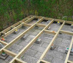 Billedresultat for diy træterrasse Terrace Floor, Terrace Garden, Garden Trees, Summer Garden, Home And Garden, Back Garden Design, Diy Terrasse, Fire Pit Patio, House Deck