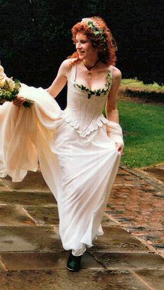 18 century style wedding dresses