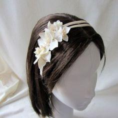 2ff1e804ffa94 Diadema de flores espectacular para niñas de primera comunión Fotos  Comunion