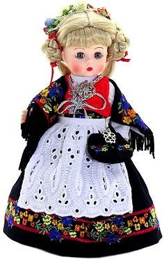 Madame Alexander Dolls - Norway - by Matilda Dolls
