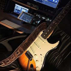 You are in a Music Band, playing Guitar, Drums, or just interested in Vintage Marhsall Amps, Gibson or Fender Vintage guitars? Check our Page and Create your Stageplot or Techrider for your Concert Online. Fender Vintage, Vintage Guitars, Learn Guitar Chords, Fender Stratocaster, Cool Guitar, Playing Guitar, Music Bands, Drums, Concert