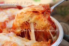 Stale bread lasagna recipe to not waste my know-how Bread Lasagna Recipe, Risotto, Stale Bread, Pizza, Falafel, Creative Food, Veggie Recipes, Apple Pie, Mozzarella