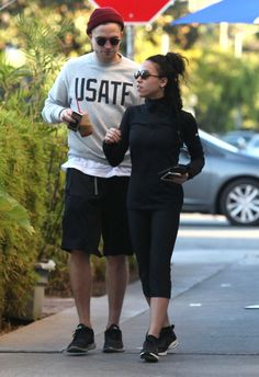 Pin for Later: Robert Pattinson Grabs a Handful of FKA Twigs's Bum