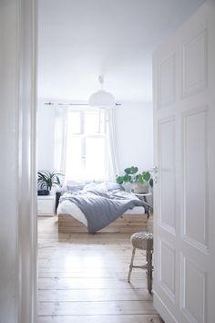 Für ein gemütliches Schlafzimmer | SoLebIch.de #interior #schlafzimmer #einrichtung #dekoration decoration Foto: na.hili